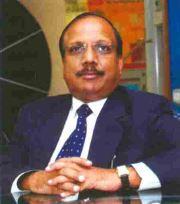 Dinesh Gupta, Bry-Air