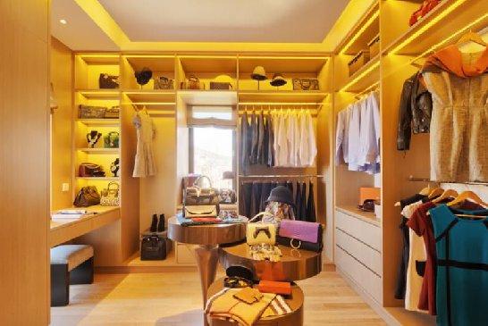 umidade em closet