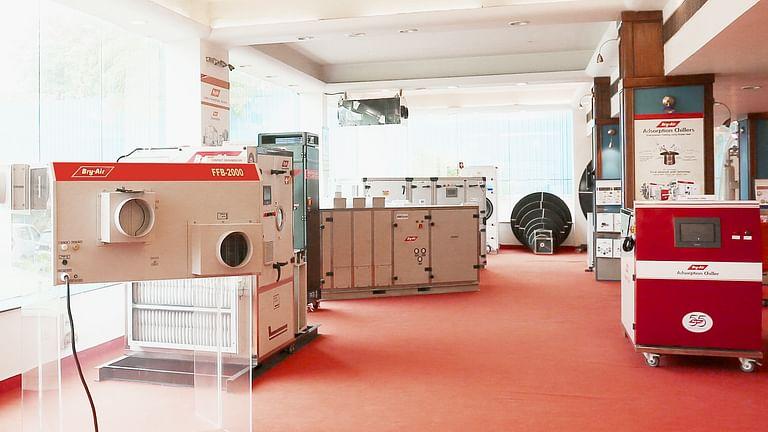 Bry-Air Display Room